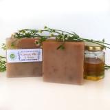 Honeybee Gardens Oatmeal Milk & Honey Soap