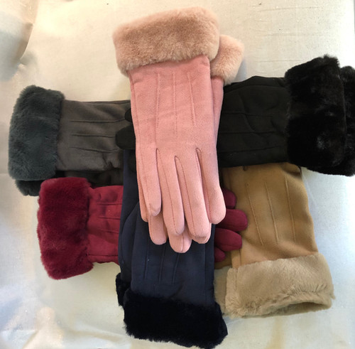 These are sure to be our best sellers this season. They are a very fitted glove that feel like suede, with a faux fur trim. Elegant, warm and so soft!