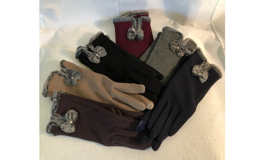 These knit gloves compliment our cashmere feel shawls and a body cream for a great gift.