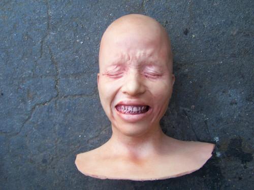 Victoria Lost Her Head