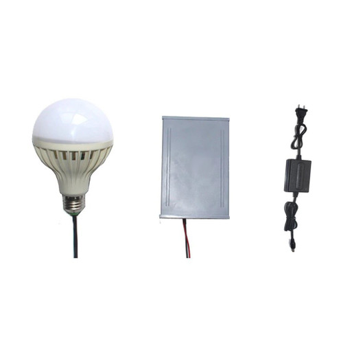 Hanging Flickering LED Light Bulb Escape Room Prop