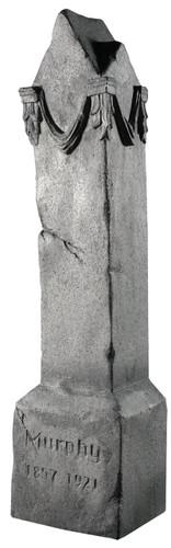 MONUMENT PROP