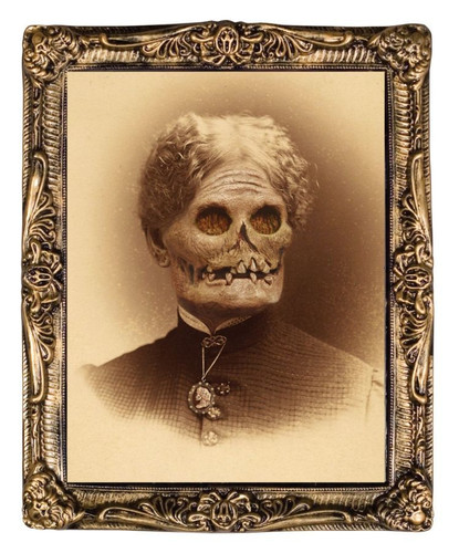 Aunt Hazel - Creepy Holographic Portrait