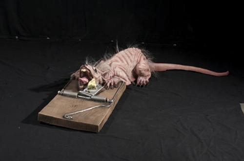 Animated Rat Trap Halloween Prop