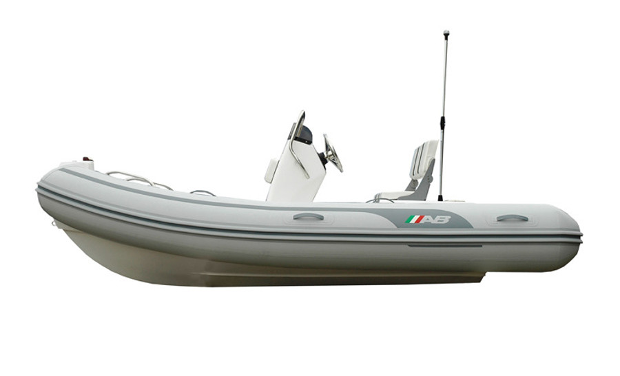 AB Oceanus Series | 13 VST 2021 with Outboard Engine