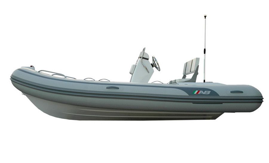 AB Oceanus Series | 17 VST 2021 with Outboard Engine
