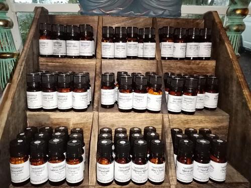 Tir na nOg Essential Oil: Sandalwood Amayris