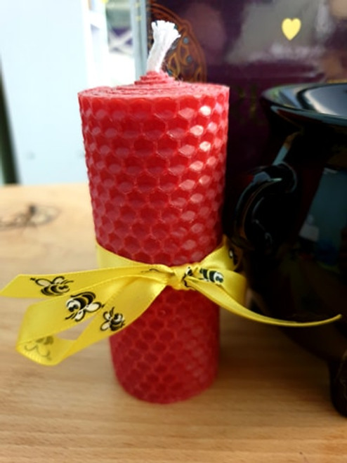 Beeswax Candle - 10cm Red