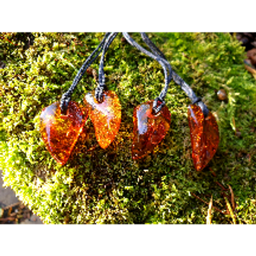 Amber Freeform pendant (assorted)