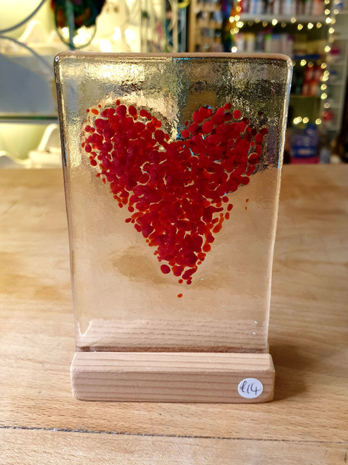 Glass Art Stand - Red Heart 1