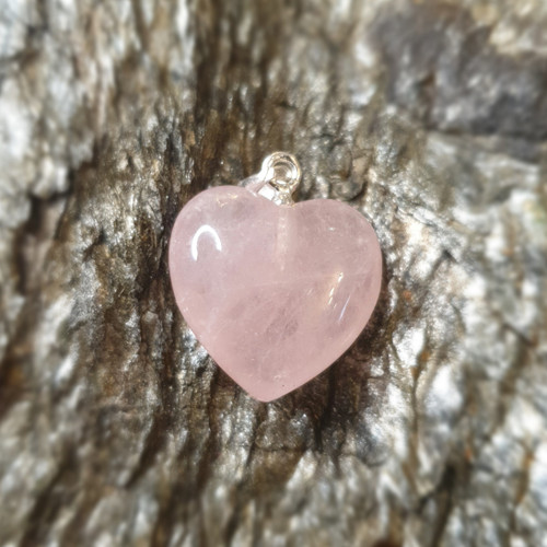 Rose Quartz Heart Pendant (15mm)