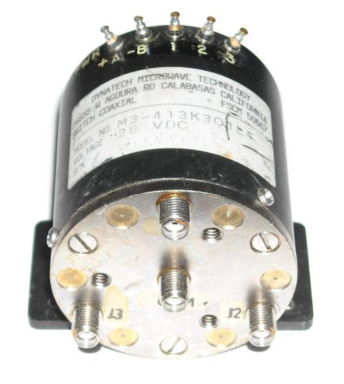 Dynatech Microwave SP3T Coaxial Switch 28VDC