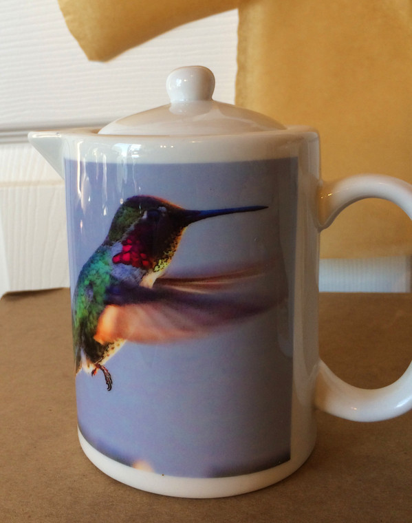 Anna's Hummingbird: Teapot - Creamer - Gravy Pitcher