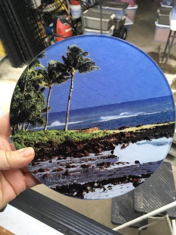 Round Glass Cutting Board - Hawaiian Beach - 8 in diameter (small)