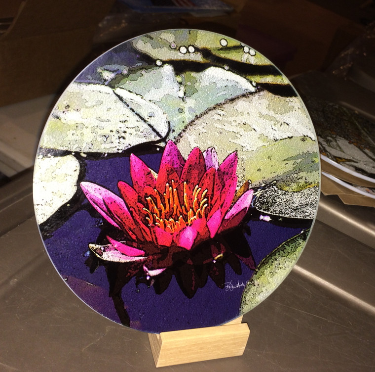 Round Glass Cutting Board - Red Lily  -  8 inch