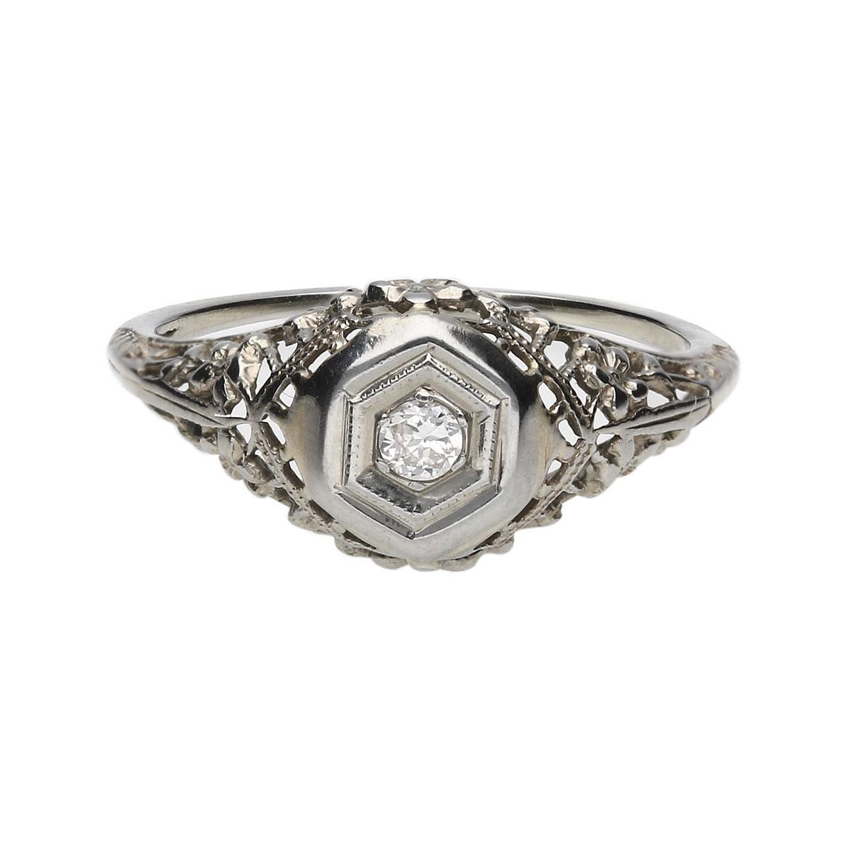 Round Diamond Engagement Ring (0.10 TCW)