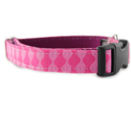 Pink Waves Bow Tie Dog Collar