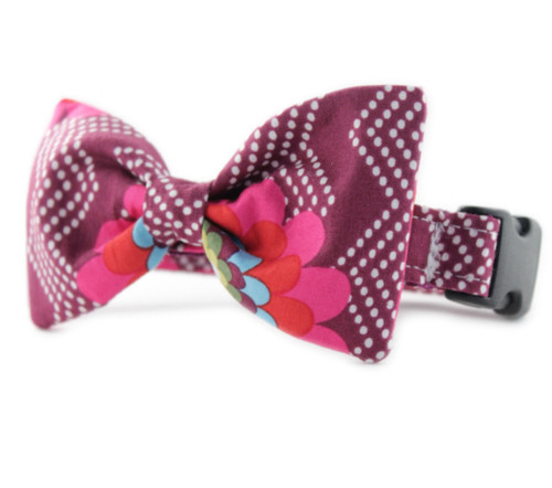 Raspberry Splash Bow Tie Dog Collar