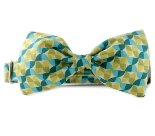 Alyssa Bow Tie Dog Collar