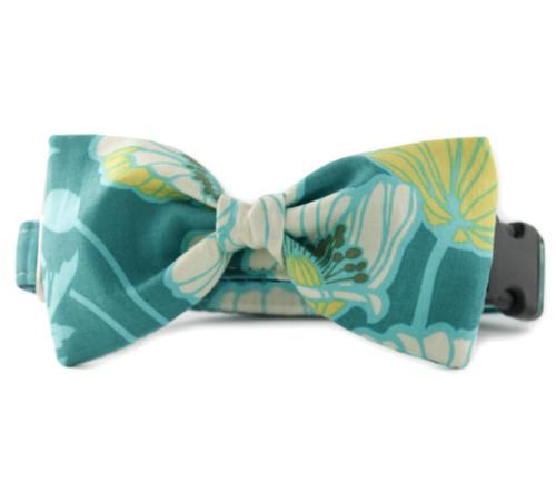 Aldeen Bow Tie Dog Collar