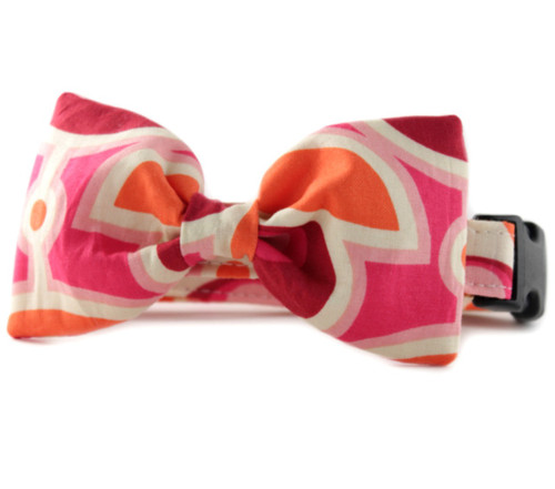 Camilla Bow Tie Dog Collar