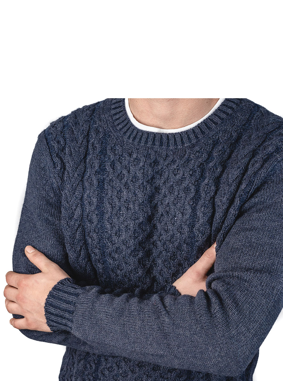 Alpaca Blend Cable Crew Neck Two-Tone Pullover Sweater Blue Carbon - Sleeve & Neck detail