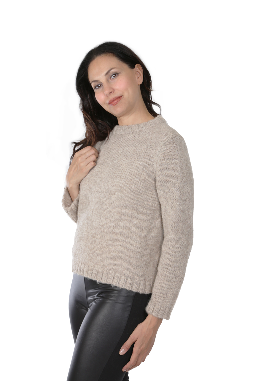 Hepburn Pullover  Side-view on Model