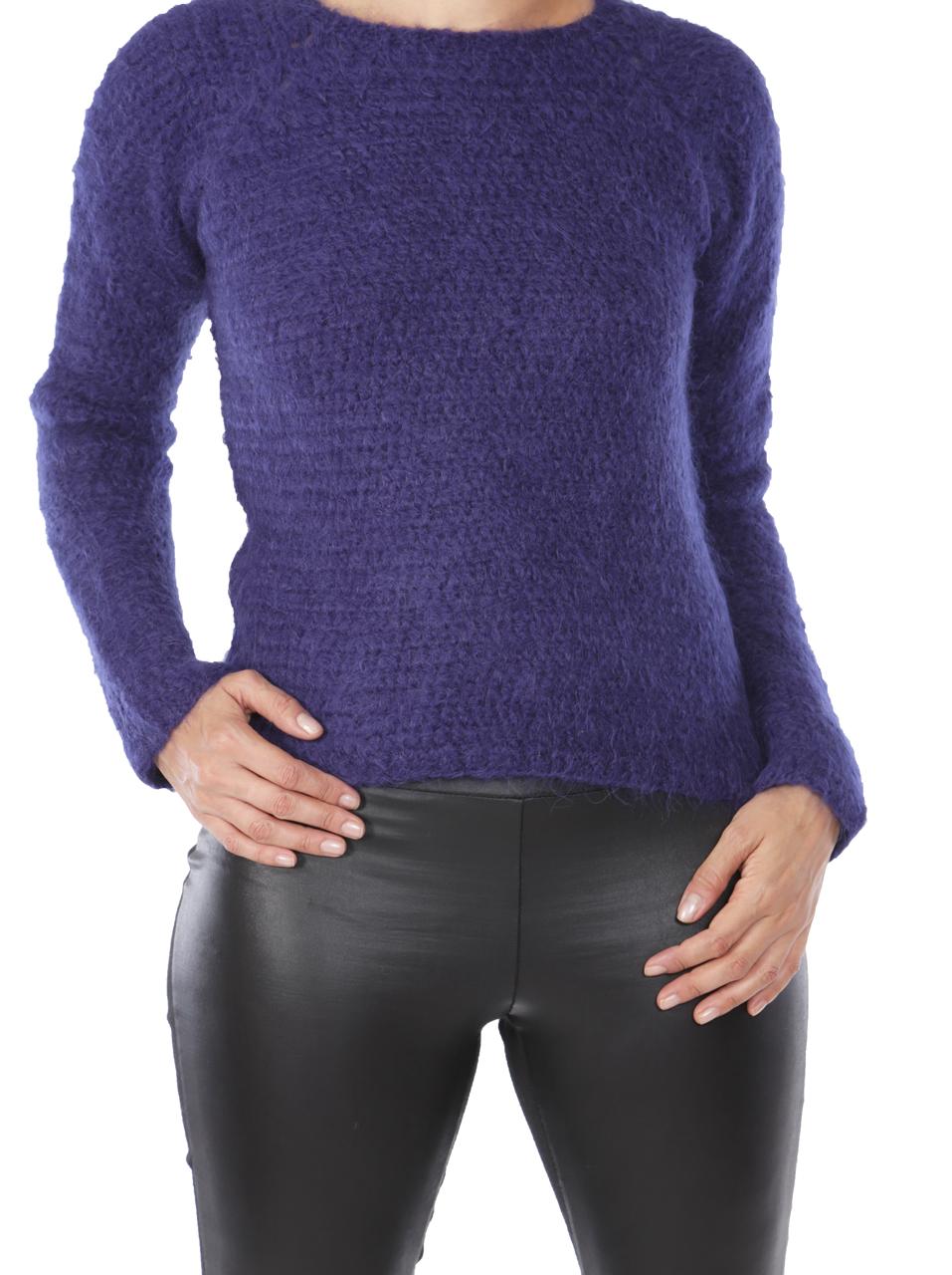 Daphne Crochet Pullover  Detail