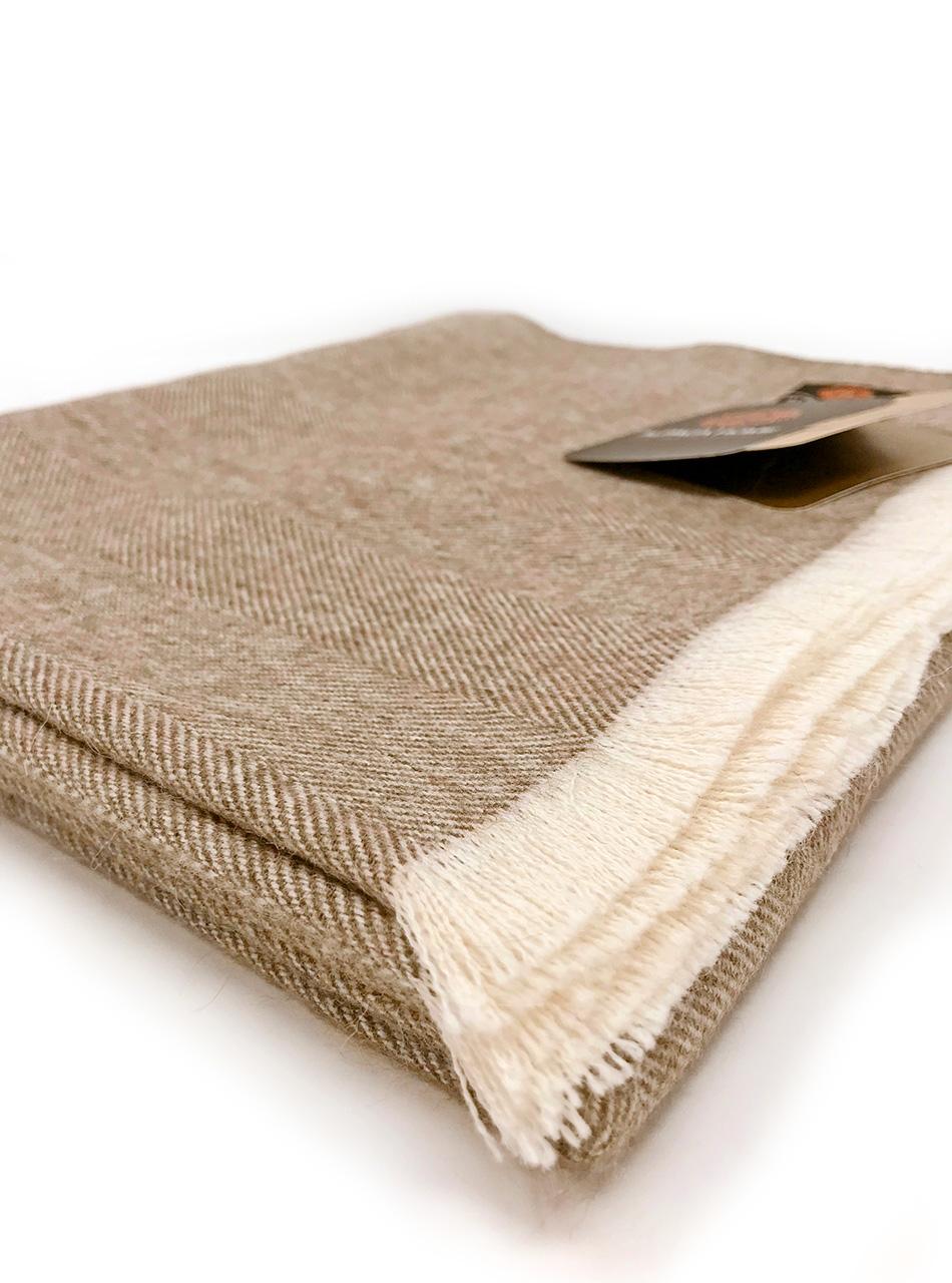 Alpaca Throw Blanket Pecan Eyelash Fringe close-up