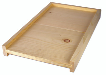 Solid wood bottom board