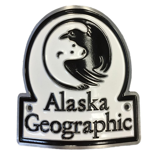 Hiking Medallion - Alaska Geographic