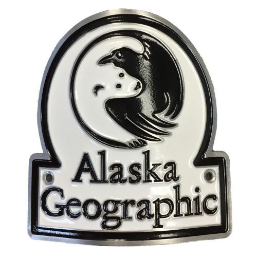 Hiking Medallion - Alaska Geographic