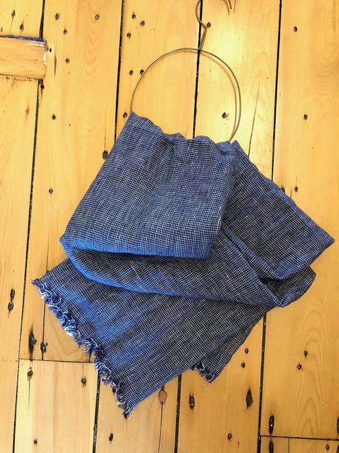 Tuz Linen Scarf in Dark Blue Check