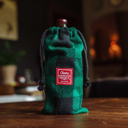 Green Black Wine Bag