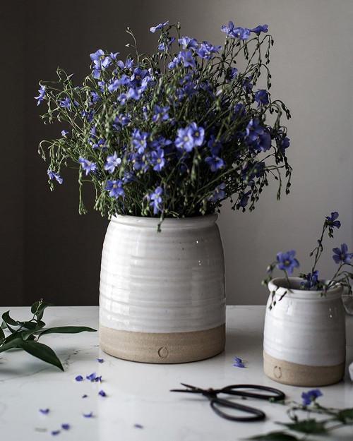 Large Beehive Crock Vase