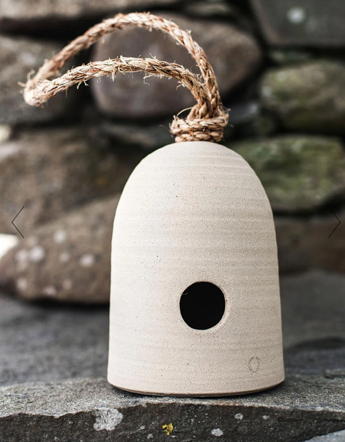 Fieldstone Hanging Bird Shelter