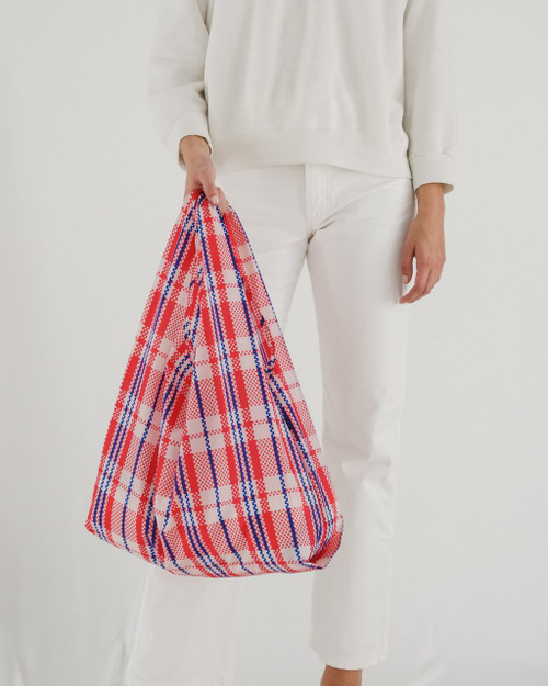 Baggu Standard Size in Market Red Plaid
