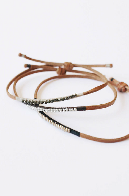 Leather Bracelet Dark Gray with Pearl