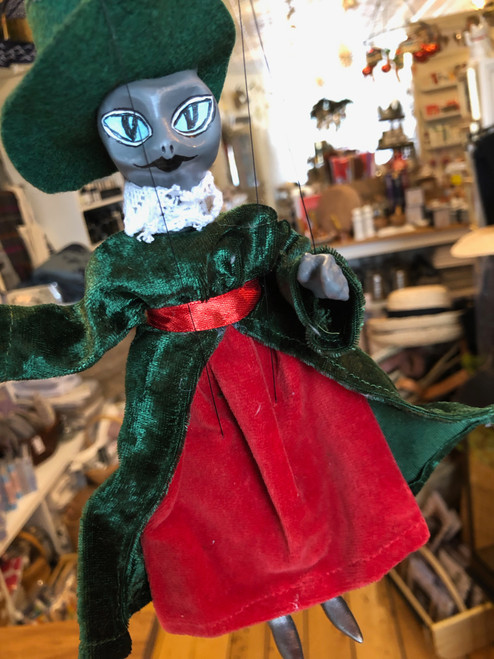 Marionette Puppet Puss in Boots Green Hat and Coat