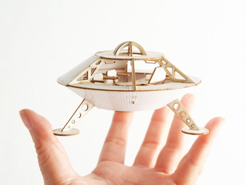 Earth to Mars Mars Lander Model Kit