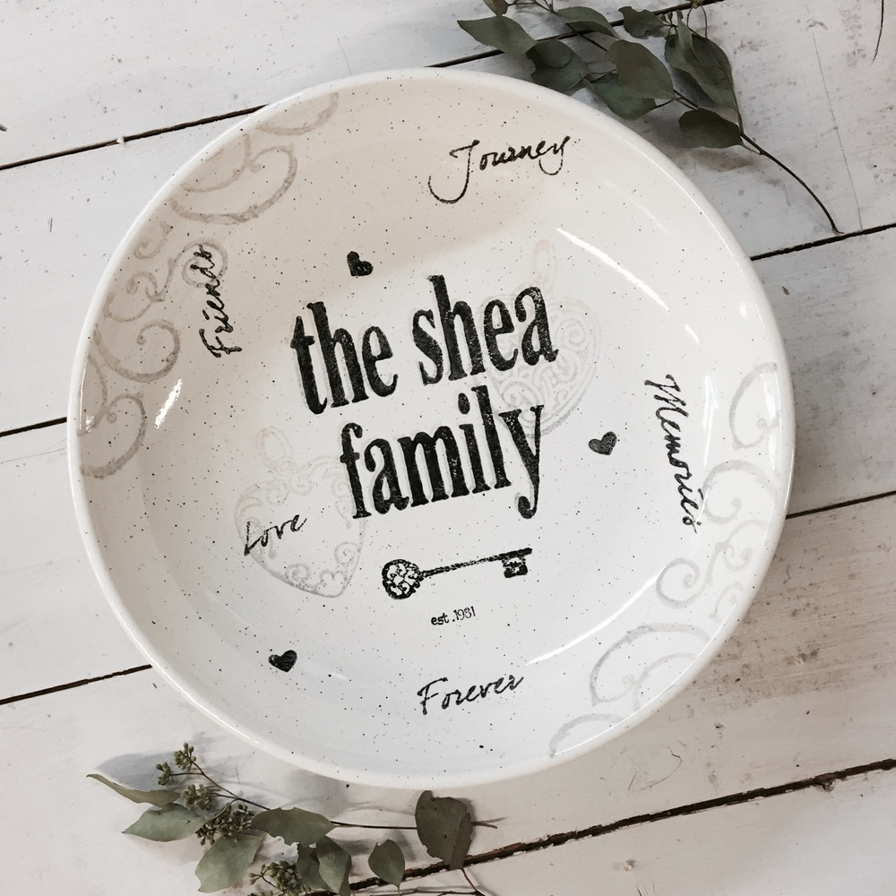 Hand painted personalized Family Name Bowl ... & Personalized Family Bowls Personalized Gifts for Family