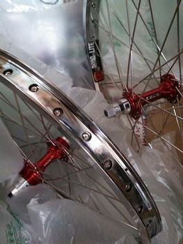 TNT Derringer Sun Rhyno Lite Built Wheels