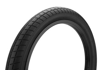 """2019 Innova 18 Tire Black\"""""""