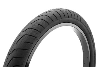 Kink Sever Tire 2.4 White w/ Black