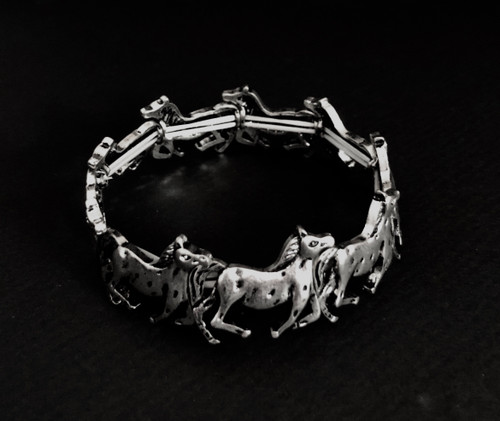 """Lead free stretch bracelet 2.75"""" round, .75"""" in height"""