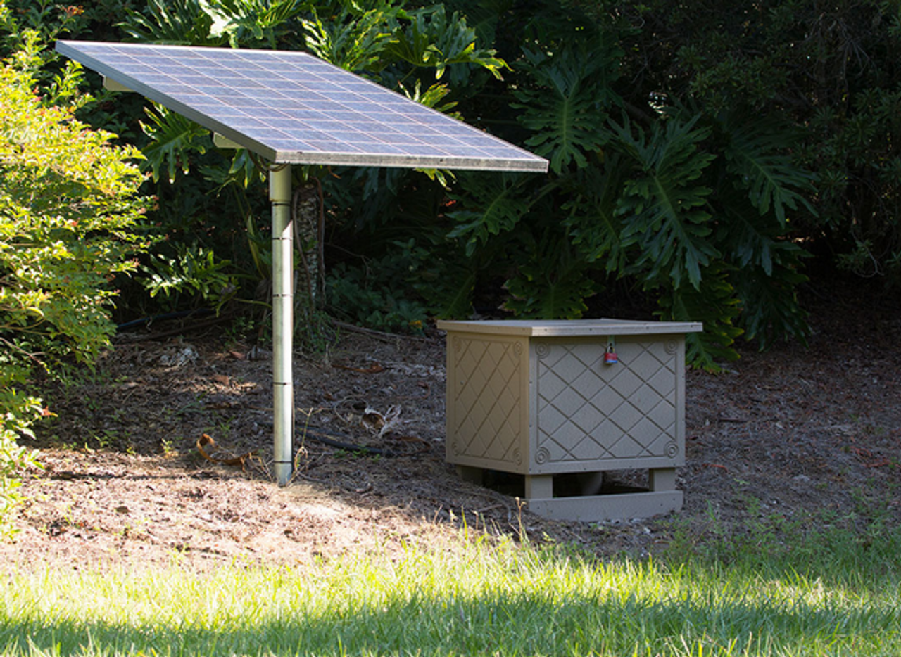 Keeton Solar Pond Aerator - Cabinet and Solar Panels