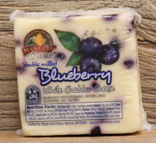 Maple Leaf Blueberry White Cheddar
