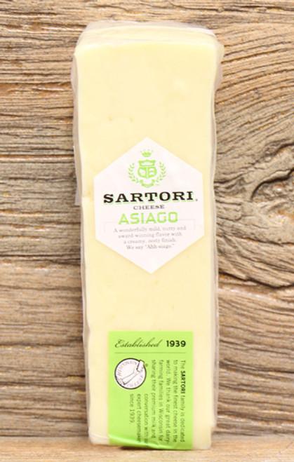 Sartori Asiago Wheel Wedge