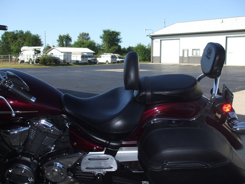 YAMAHA 1300 or 950 V-STAR FOR USE WITH MUSTANG SEATS