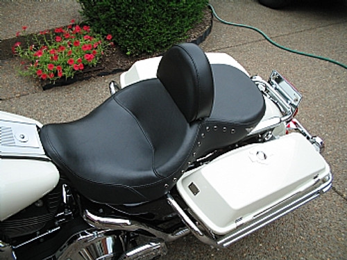 HARLEY DAVIDSON TOURING MODELS WITH LOW PROFILE SEAT STREET GLIDE, ROAD GLIDE or ROAD KING